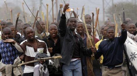 mineros-de-sudafrica-619x348