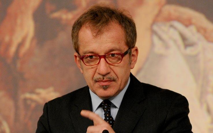 Ex ministro italiano llama a una desobediencia nacional for Ex ministro del interior