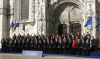 400px-Tratado_de_Lisboa_13_12_2007_(081)
