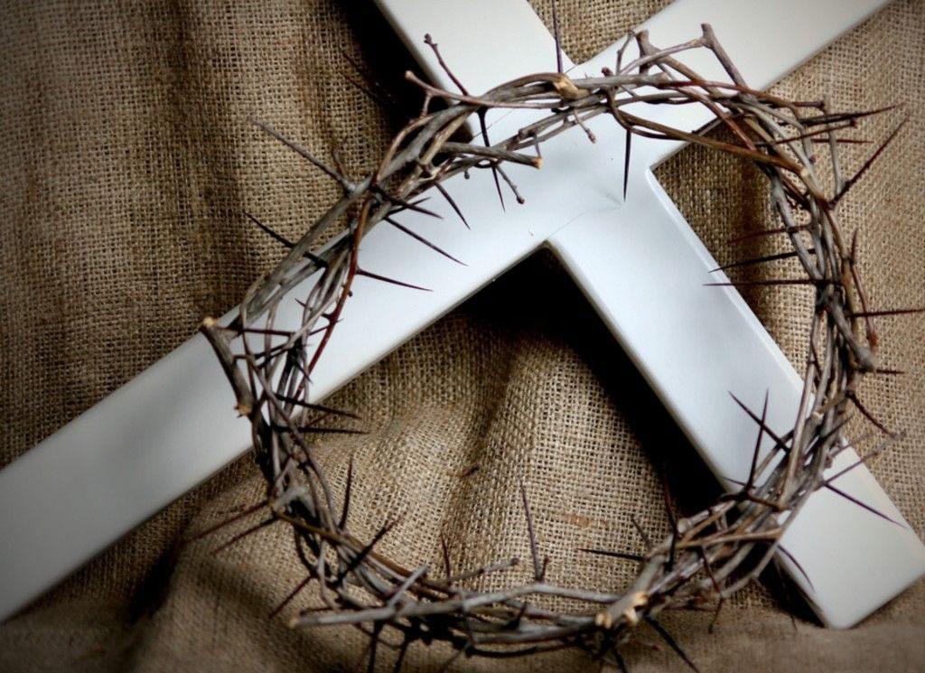 cruz-corona-de-espinas.jpg