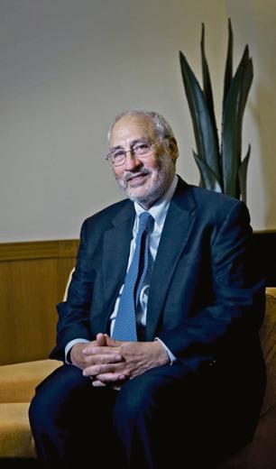 FOTO: M.MINOCRI El economista Joseph Stiglitz en la última reunión del Círculo de Economía de Sitges.