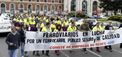 trabajadores-renfe-y-adif-salen-a-la-calle-por-ferrocarril-publico