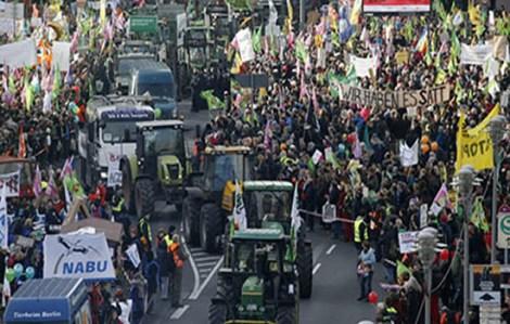 Miles-de-personas-protestan-en-Berlín-contra-el-TTIP-y-los-OGM