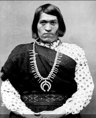 antes-de-la-colonia-los-nativos-americanos-reconocian-5-generos_2